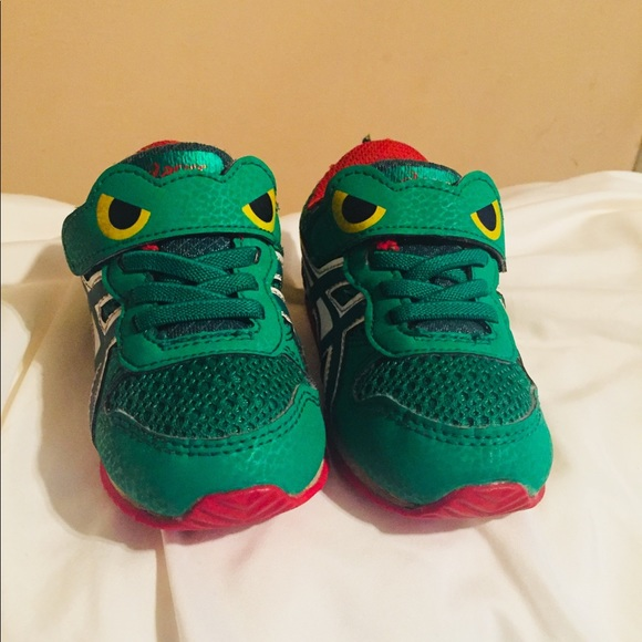 asics shoes differences between alligators and crocs get on a bo